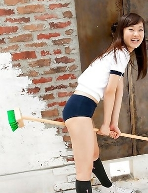 Kana Yuuki with hot ass in shorts wants to fly on broom