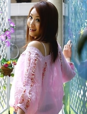 Iori Mizuki gets a hot photo shoot