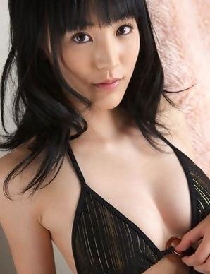 Yuri Hamada spreads legs and shows slit in black bikini