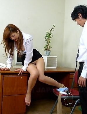 Hot Rina Kikukawa enjoys in toying
