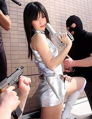 Shizuka Minami's girl sucks cock.