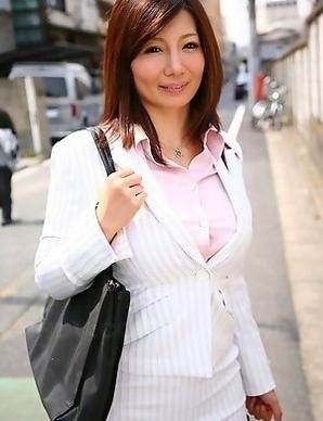 Petite Sayuri Mikami poses outdoor