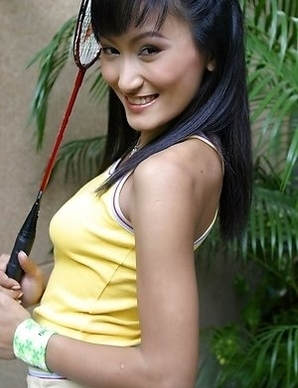 Angela Lin is looking so hot that anyone would like to touch her gorgeous body.