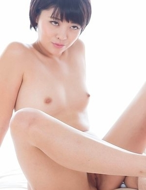 Leggy girlfriends Miori Mai and Aoi Shino make a guy explode with their sexy feet