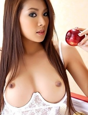 Hot Asian maid Kaori Kwon show her nice body