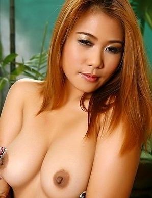 Redhead porn star Daisy Cole