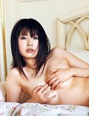 Akina Suzuki with such hot behind shows some juicy boobs