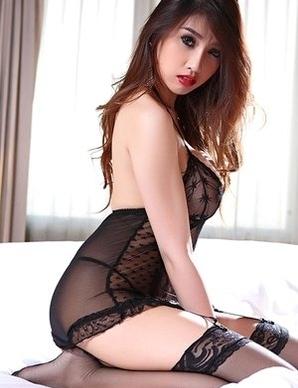 Big tits Asian Farsai stripping on bed