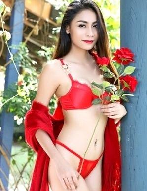 Long legs Asian Sophia in sexy red lingerie
