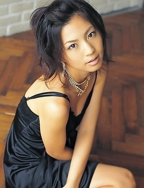 Misako Yasuda conquers the world with her curves and smile