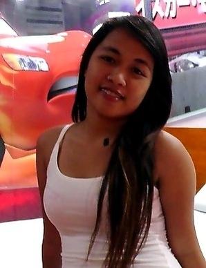 Aspiring young Filipina model