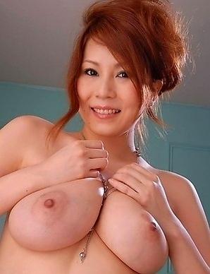 Yuki Aida shows off her big boobs