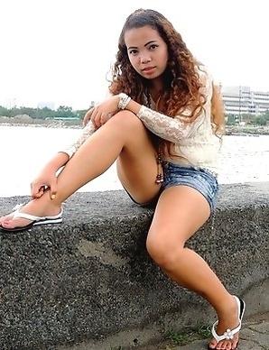 Chubby Filipina Khate