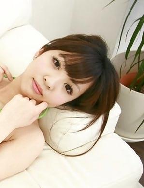 Mayuka Kuroda with cute face shows big hooters in green bra