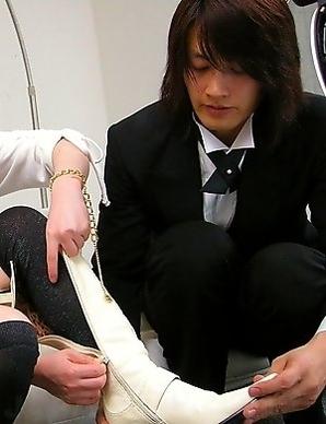Kurara Iijima enjoys a creampie