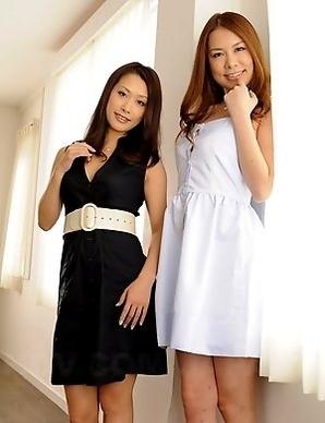 Kai Miharu and Yanagida love posing