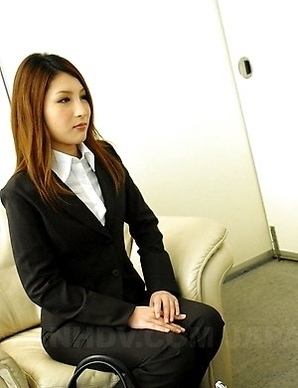 Rara Mizuki loves the taste of cum