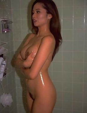 Amateur Naked Oriental babes pics