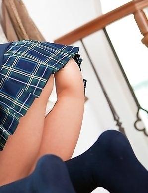Runa Hamakawa takes uniform skirt off and shows hot behind