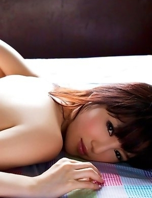 Yuuri Morishita is naughty when wakes up and shows ass and cans