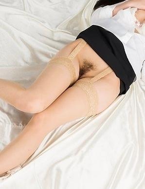 Perky booty babe Minami Sakaida shows off her ass and masturbates a lot